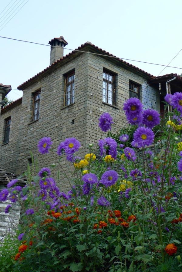 Konitsa, shelter to the caravans